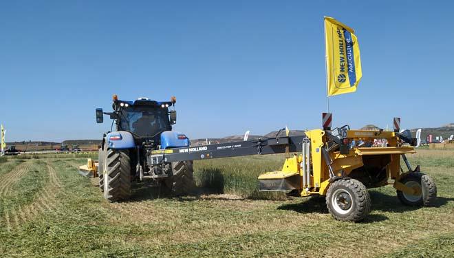 New Holland presentó en Demoagro sus gamas de forraje y agricultura de precisión
