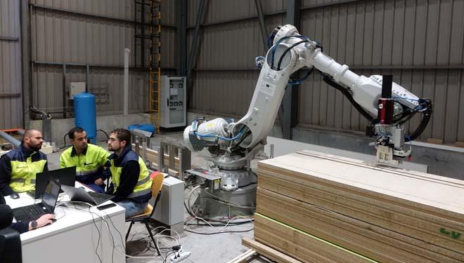 Finsa está acometendo un proceso de robotización.