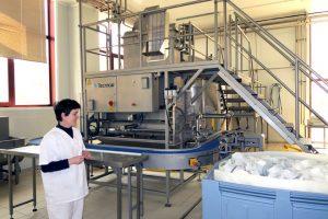 A maior parte do proceso de fabricación nas novas instalacións están automatizados
