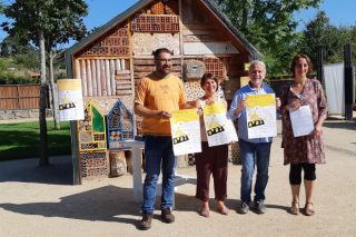 Meles, flores e apicultura milenaria na Feira dos Produtos Apícolas de Allariz