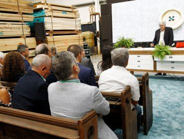 'Innovación y formación, ejes de la agenda de la Xunta para la industria forestal'