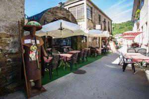 Triacastela ten no Camiño de Santiago outra das súas principais fontes de riqueza