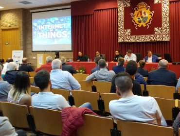 Máis de 100 gandeiros e técnicos asisten en Lugo a unha xornada sobre a incorporación da informática ao vacún de leite