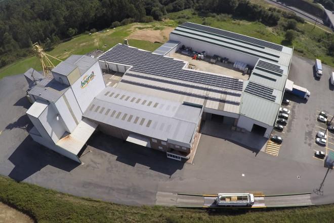 Bograo adquiere el matadero de Poulet Royal en Melide y abrirá una fábrica de piensos ecológicos