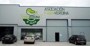 A nave da Asociación, de 300 metros cadrados, está á entrada de Mondoñedo