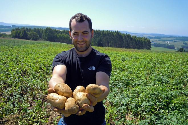 Javier Miranda apañou este ano máis de 500 toneladas de pataca, unha cifra que conta dobrar en 2020