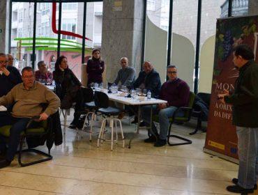 Curso en Monterrei sobre transporte, conservación e servizo do viño