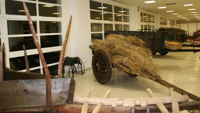 Sala-carros-Museo-Maquinaria-Campo-Galego-Silleda-