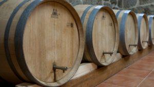 Pipas donde se cria el vinagre.