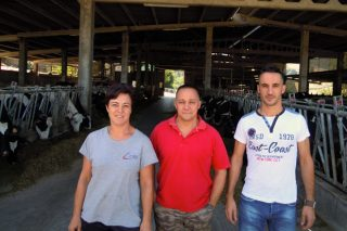 Penenza SL, a unión con futuro de dúas explotacións de leite
