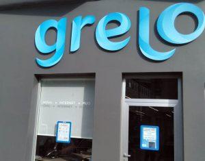 Fachada da sede de Grelo.