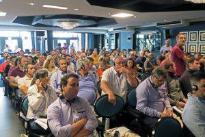 Gandeiros e técnicos españois presentes na súa conferencia en Holanda