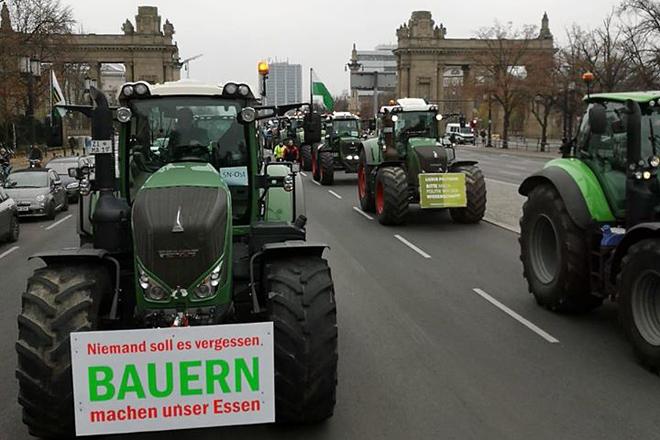 Protesta dos gandeiros alemáns a finais de novembro contra a política agraria do Goberno federal