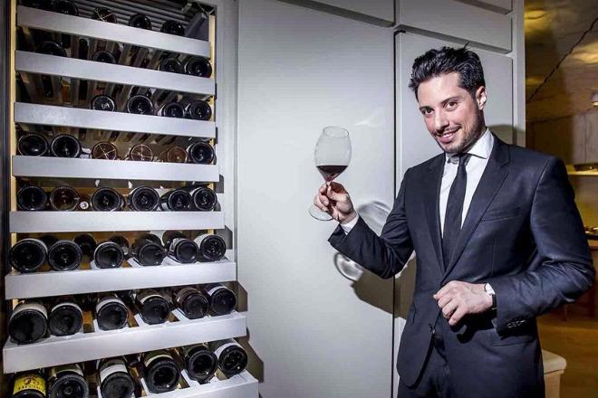 """""""En España temos moito que avanzar en viños de parcela e de aldea"""""""
