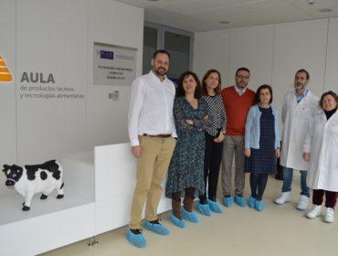 Leche Río colabora con el Campus de Lugo para desarrollar lácteos funcionales