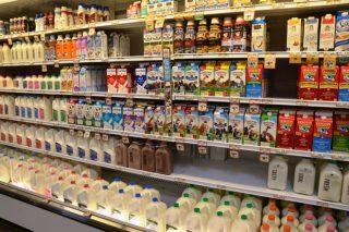 Mercadona comprométese a non verder o leite por debaixo de 60 céntimos o litro