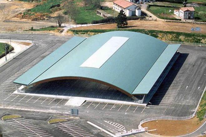 Instalacións do Mercado Nacional de Gando José Federico González Llenín de Pola de Siero