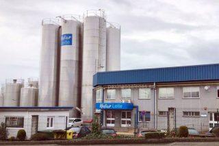 La industria láctea aumenta la producción para garantizar el suministro a los supermercados