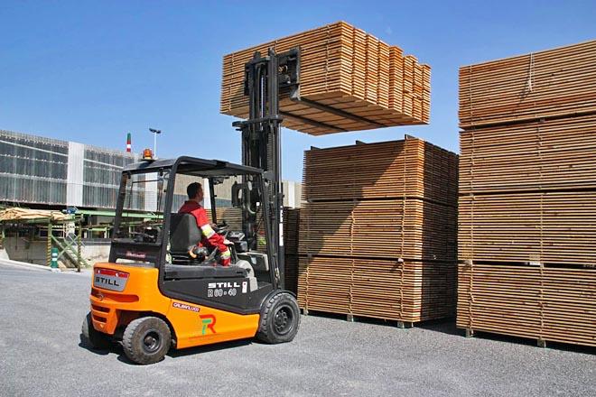 No aserradeiro de Hijos de Ramón Rubal SL en Alfoz están enviando a metade da súa produción a China