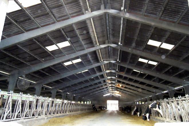 A colocación dunha cumbreira transparente e a substitución dos ventiladores son os próximos proxectos