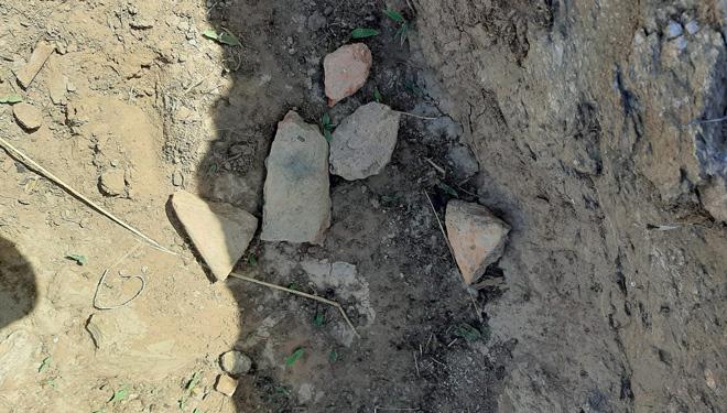 Restos-ceramica-lagar-rupestre-Larouco-Valdeorras-
