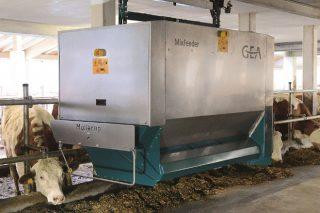 Vantaxes e inconvenientes dos sistemas de alimentación robotizada