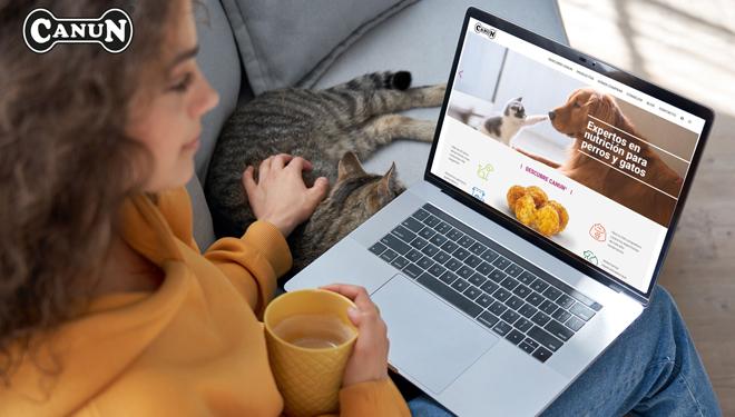Pensos Canun lanza a súa nova web