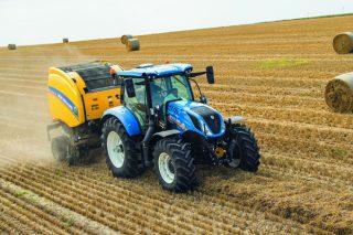 New Holland amplía a súa serie de tractores T6 no modelo de 6 cilindros cunha versión de 135cv