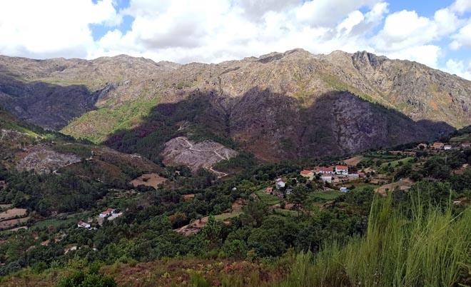 Val de Cabril, no Parque Nacional Peneda - Gerês, ao final do verán.