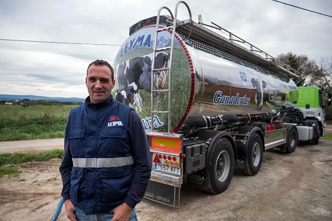 Miguel, nunha das granxas de Leyma Natura en Cospeito. FOTOS: Óscar Vázquez