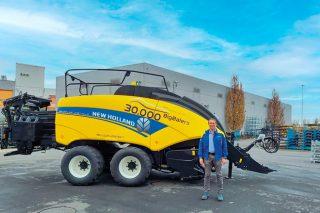 New Holland acada as 30.000 empacadoras xigantes fabricadas