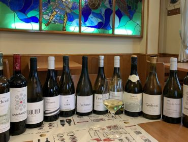 Os viños de Valdeorras afiánzanse como unha opción con gran demanda na restauración