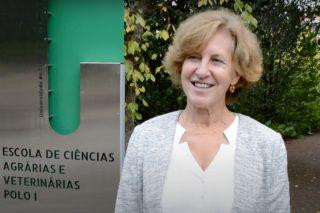 """""""En Portugal estase vendo de novo interese polo cultivo da abelá da man de empresarios mozos"""""""