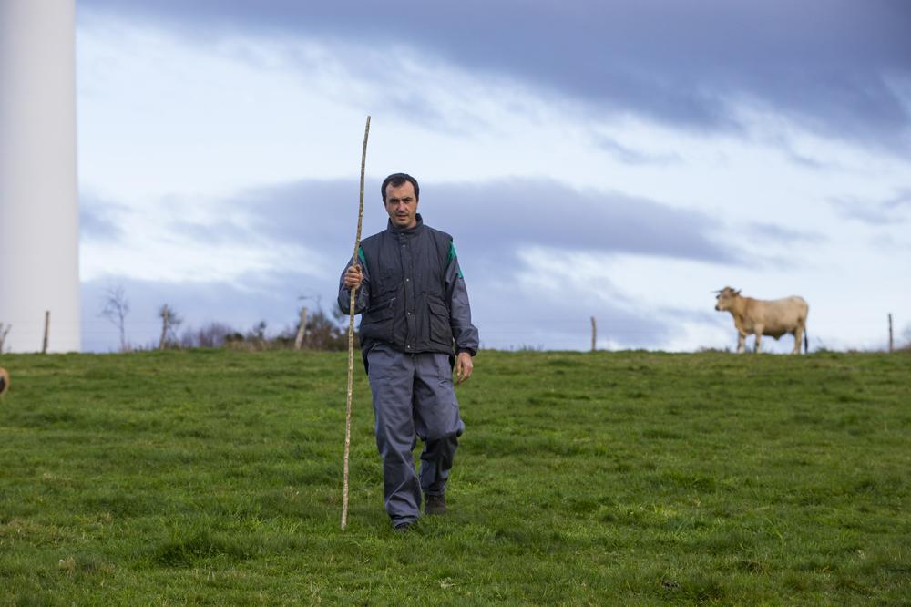 Carlos manexa unhas 115 hectáreas de terreo