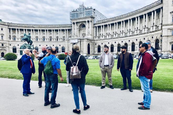 Así como tamén a cidades como Viena, Salzburgo para coñecer parte da súa cultura.