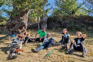 Amarelante, a cooperativa que está a revitalizar a produción da castaña en Manzaneda