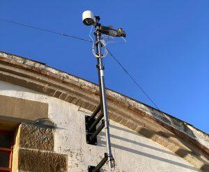 Estación meteorolóxica, que agora quere complementar con sensores climáticos de de chan